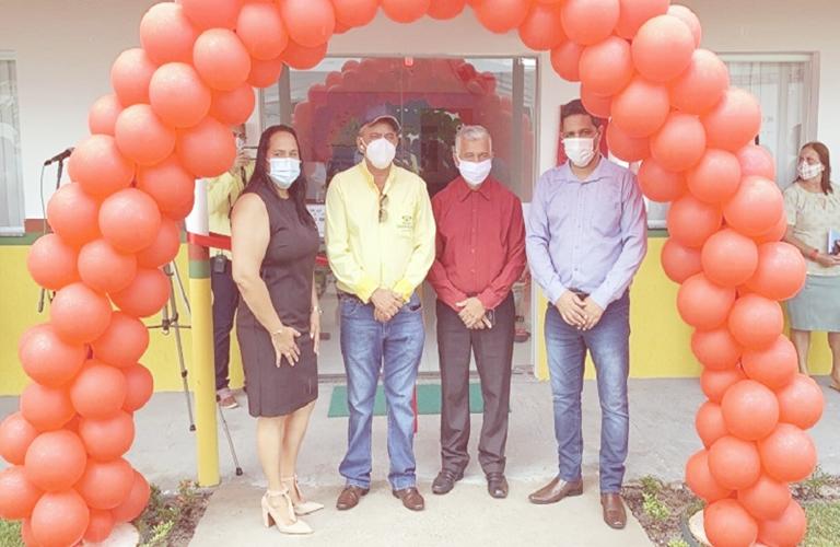 Prefeitura inaugura nova sede da Secretaria de Educação de Caravelas